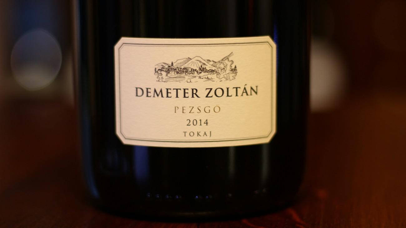 A Demeter Zoltán Pincészet 2014-es évjáratú fehér pezsgője