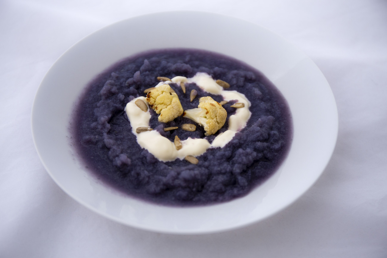 Red cabbage and cauliflower soup